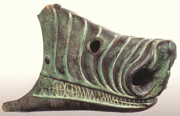 корабельный таран-архаика-6 веке до н.э.