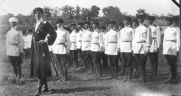 1-врангель-и кубанские казаки-1926г.