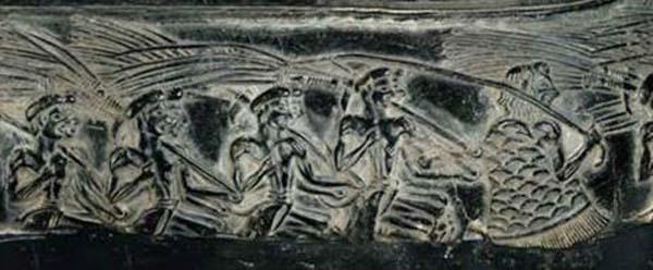 керам-праздн.воины-поют-ритуальное -шествие