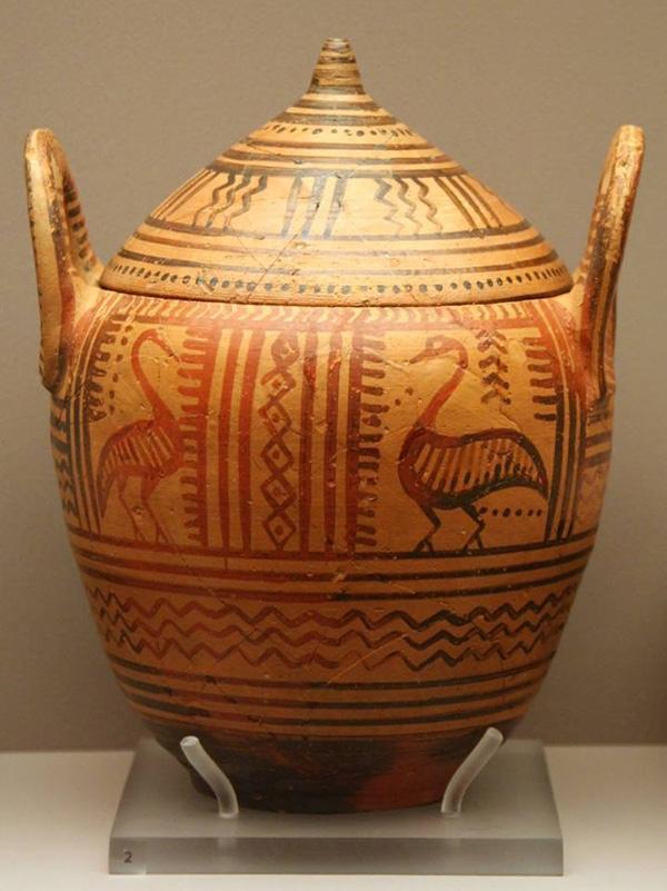 740 гг. до н.э.--лебеди-пиксос