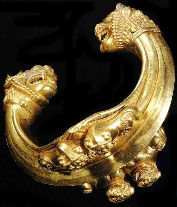 золот-Браслет с Львов головы-700г. до н.э.
