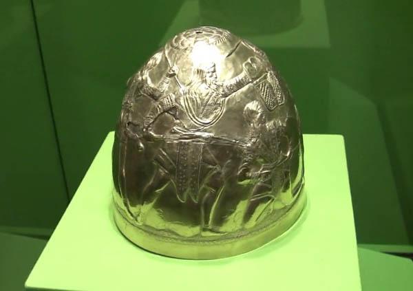 скиф-шлем-анахарс