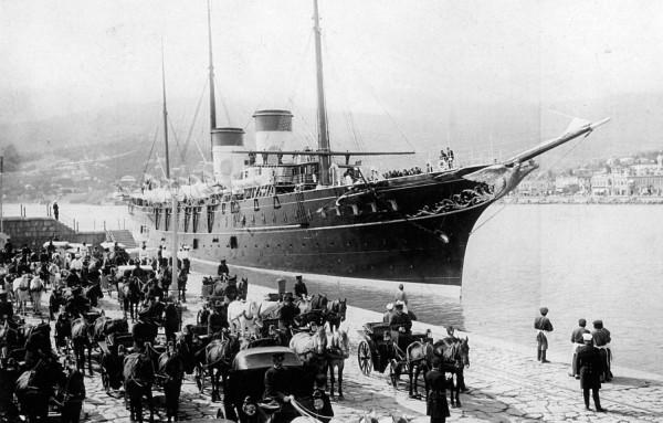 1-Яхта Штандарт в Ялте.