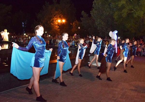1фонтан-танец