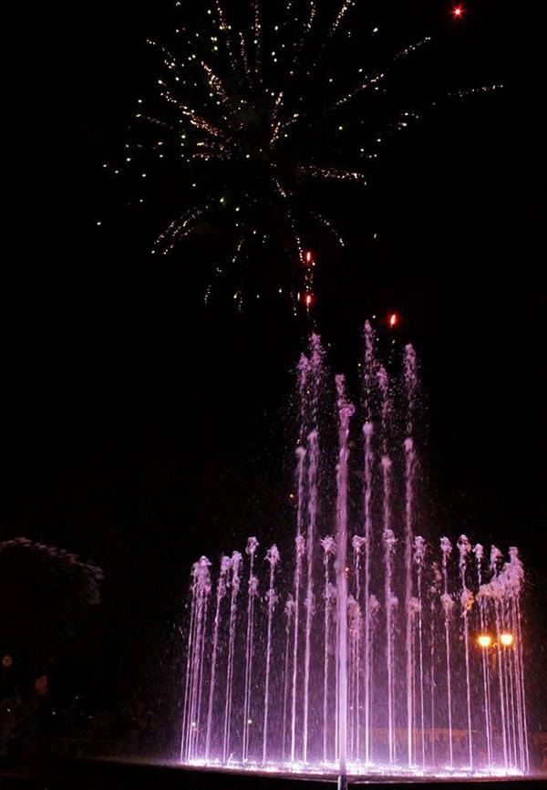 1-фонтан-салют