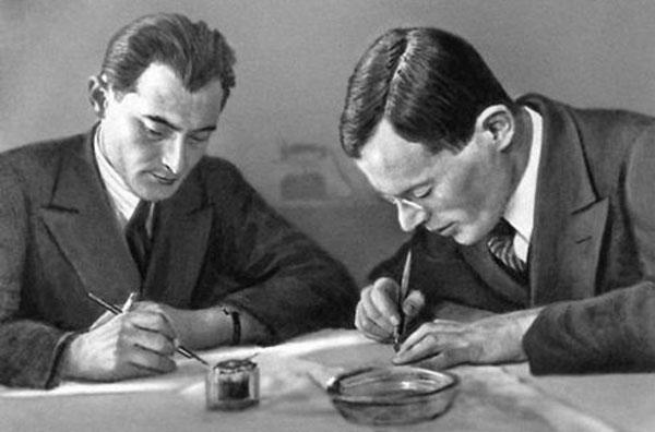 Илья Ильф (1897—1937) и Евгений Петров (1903—1942)