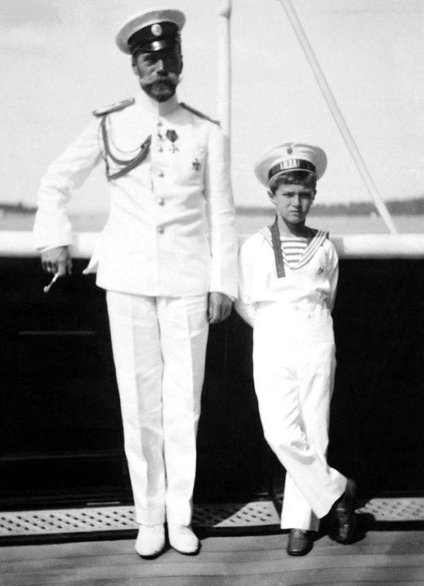 1916 г. Визит Императора Николая II