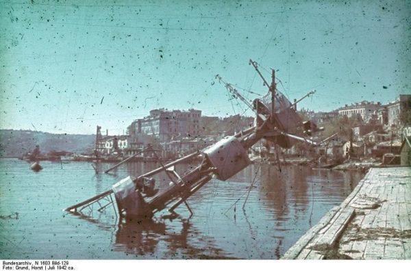 1942 год-севастополь-графская пристань-крейсер-червона украина