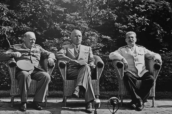 cherchil-trumen-stalin-iyun-1945