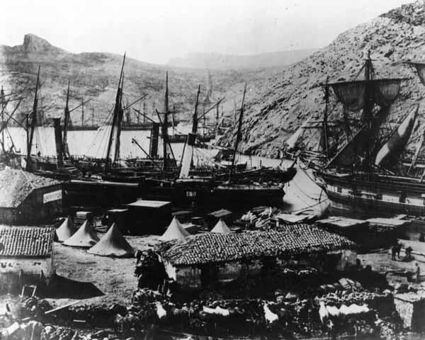 Корабли в бухте Казачьей, 1855