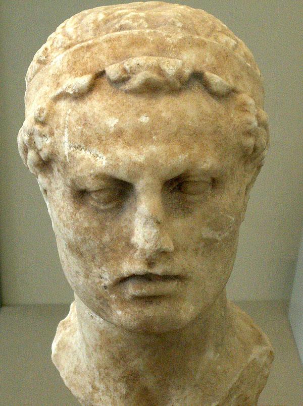 Дед Митридата VI Евпатора — Антиох IV Эпифан