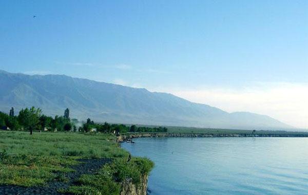 -----озеро Алаколь
