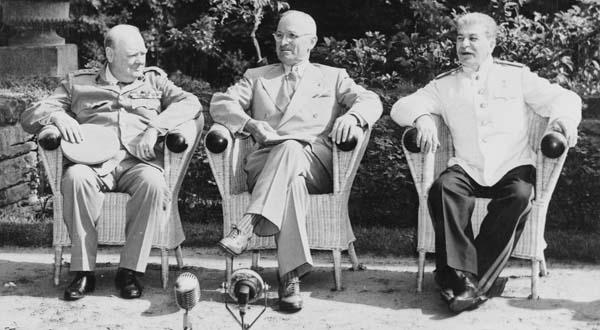 сталин-рузвельт-черчиль