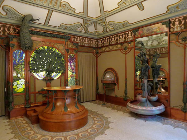 Интерьер ювелирного дома Жоржа Фуке, оформленный Альфонсом Мухой