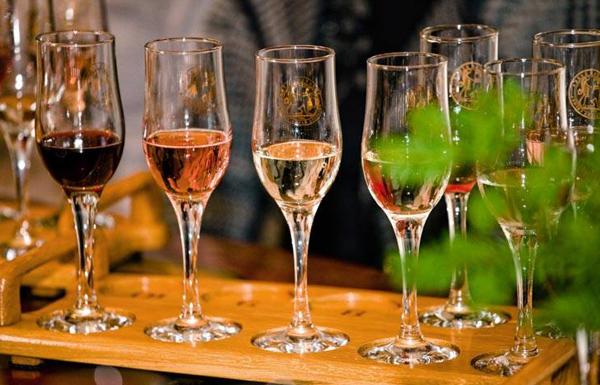 вино---