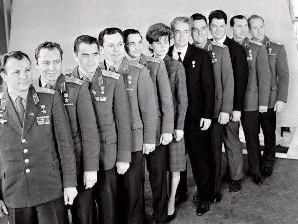 отряд первых космонавтов