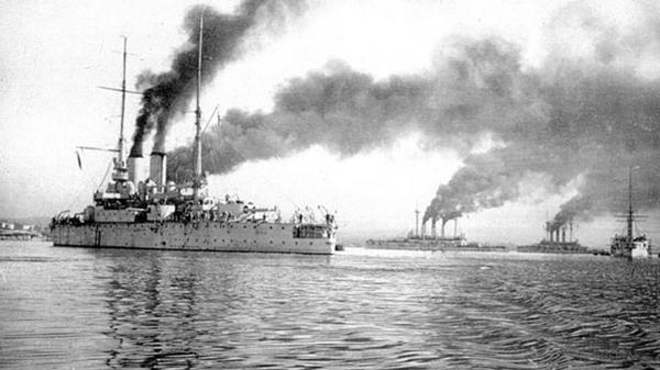 Бригада линейных кораблей Черноморского флота в Северной бухте Севастополя, 1910-е годы. Линкор «Ростислав»