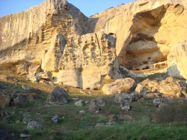 Пещерный город Качи-кальон. -монаст