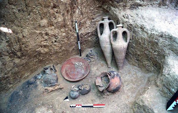 0-Севастополt нашли древний некрополь скифов