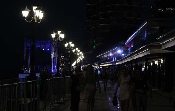 ялта-ночь