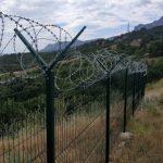 В Крыму будут сносить заборы и незаконные стройки без суда