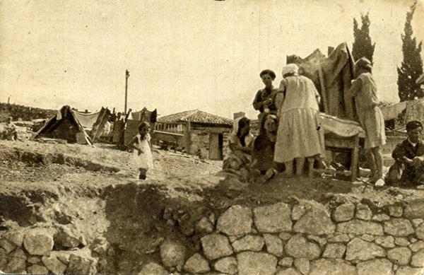 1927 года. Табаководы живут под открытым небом