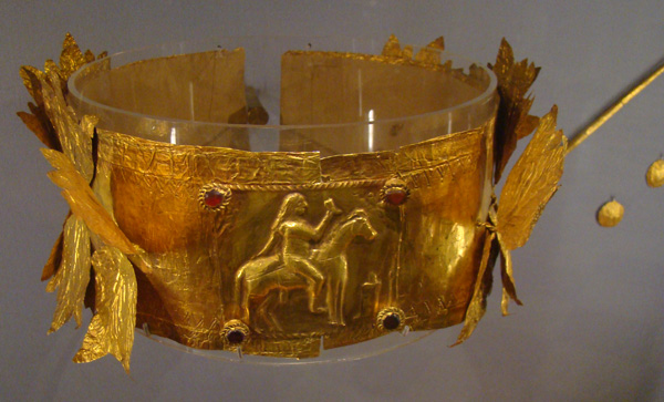 Венок из листьев сельдерея III-IV век до н.э.. Керчь, гробница с золотой маской, 1837 год, раскопки А.Б. Ашика