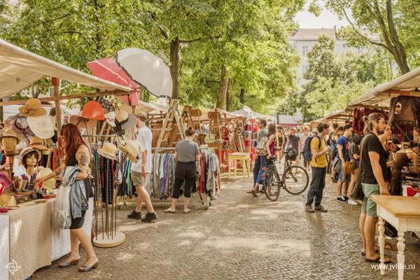 0-tiergarten_berlin_market