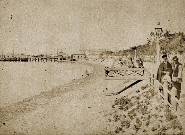 1892-Корабельная пристань в г. Евпатории.