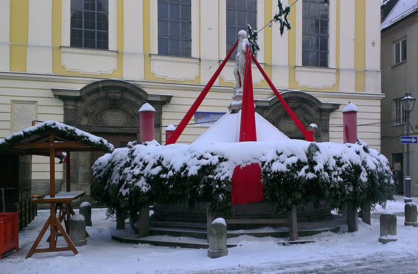 0-Giant Advent wreath in Kaufbeuren, Bavaria, Germany-Kaufbeuren_Adventskranz