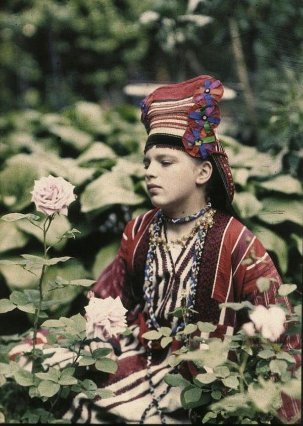 дев и розаi-Petr-Vedenisov_2