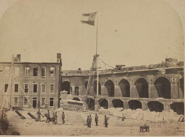 захват Конфедератами в 1861 г форта Самтер - начало Гражданской войны