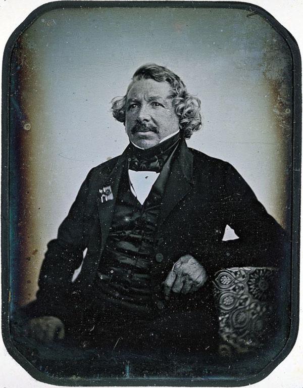 00Louis Daguerre - изобретатель дегенератипа