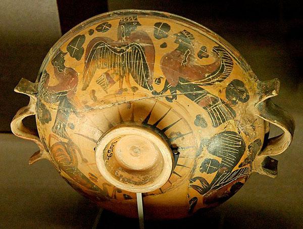 лекана вазописца Полоса. Ок. 600—575 гг. до н. э.