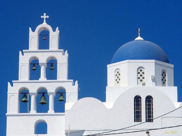 0-Santorini-Perissa--