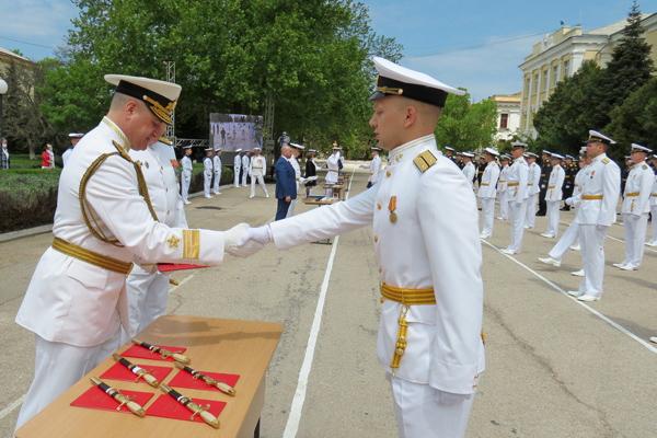выпускники нахимовского училища