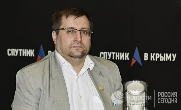 00- по крыму при президенте России Александр Молохов
