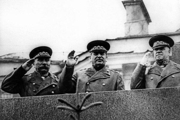 24 июня Будёный, Сталин, Жуков