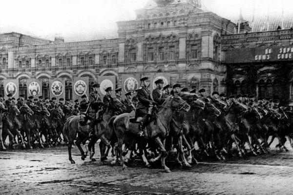 24 июня 1945-кавалерия