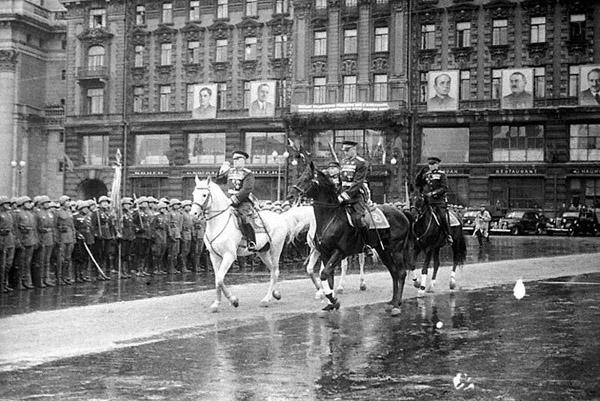 парад-жуков-рокосовский