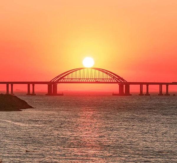 00Крымский мост