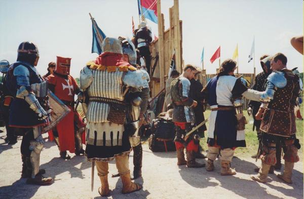 Фото 13. Фестиваль реконструкторов -2003