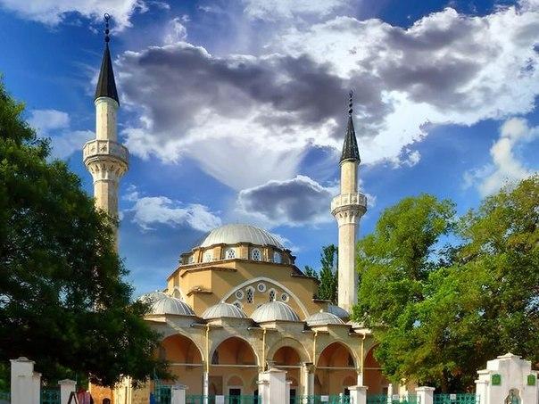 мечетьU