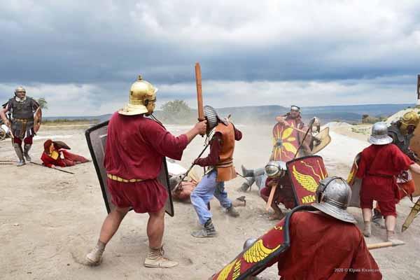 2020-римляне-бой