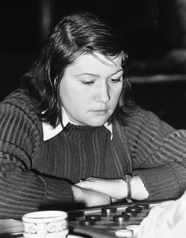 00-Elena_Mikhailovskaya_1974