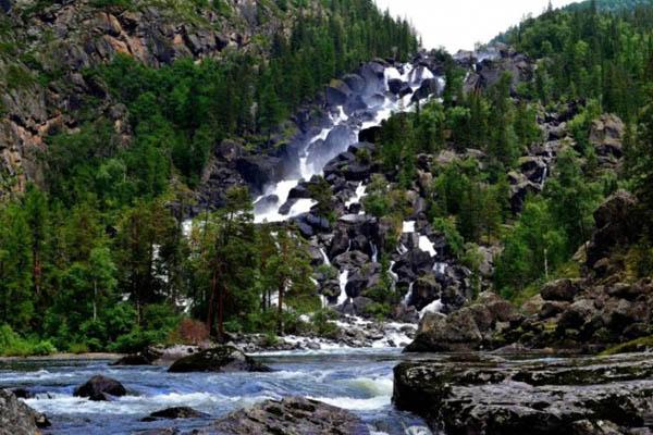 bolshoj-chulchinskij-vodopad-