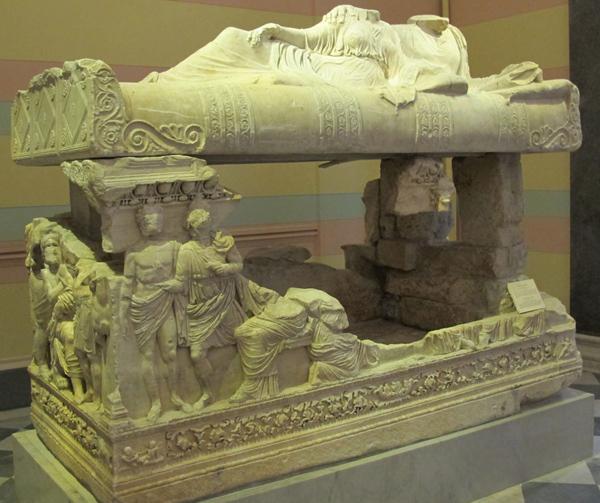 mirmekiy-sarkofag