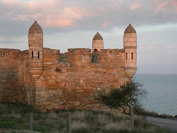Крепость Еникале.