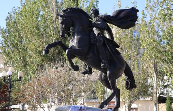 Памятник_Котляревскому