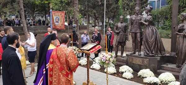 открытие памятника николаю